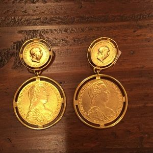 NWT Clip On Gold plated medallion earrings.